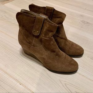 Lucky Brand Gennee brown suede wedge ankle boots